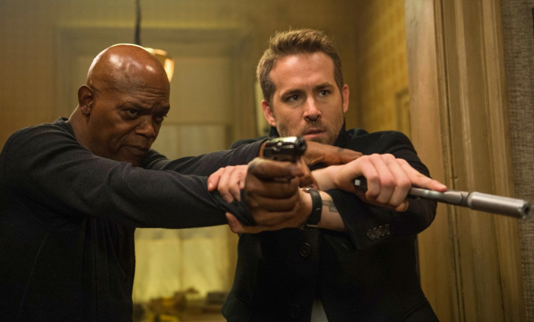The Hitman's Bodyguard - Ryan Reynolds and Samuel L Jackson